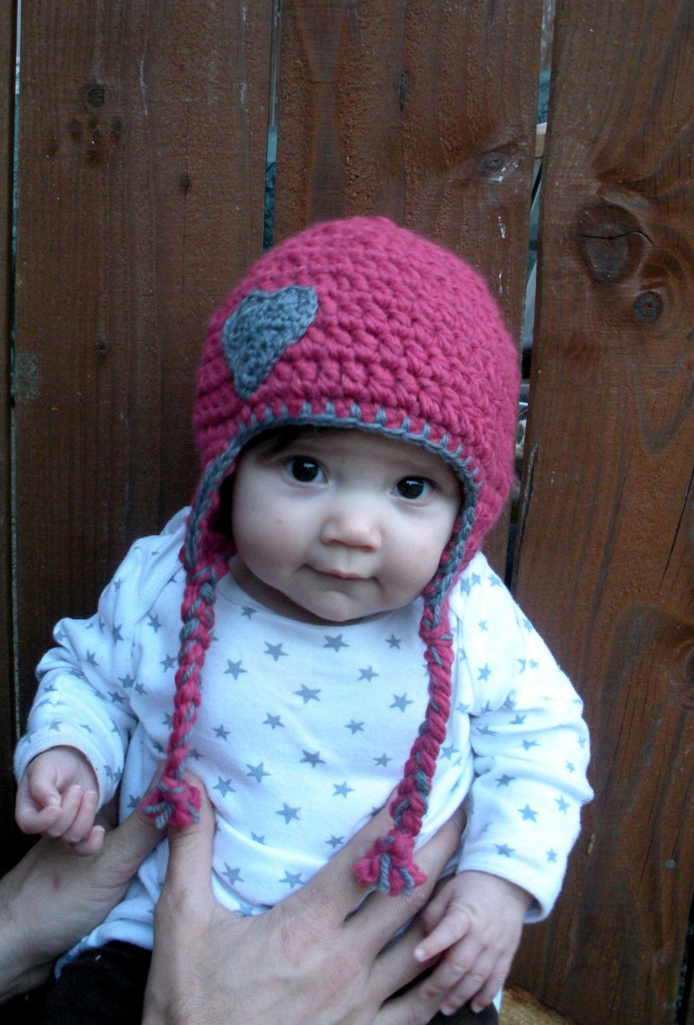 Chunky Earflap Hat Crochet Pattern Free : Chunky Baby Earflap Hat In Pink And Grey With Crocheted ...